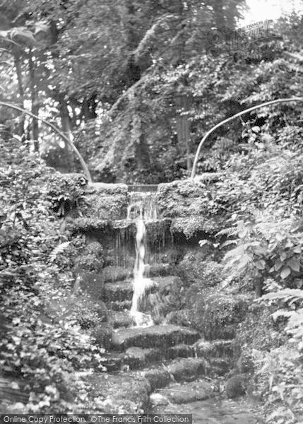 Photo of Yeovil, Nine Springs c.1955