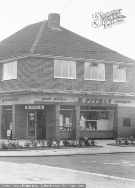 photo of yeovil post office francis frith. Black Bedroom Furniture Sets. Home Design Ideas