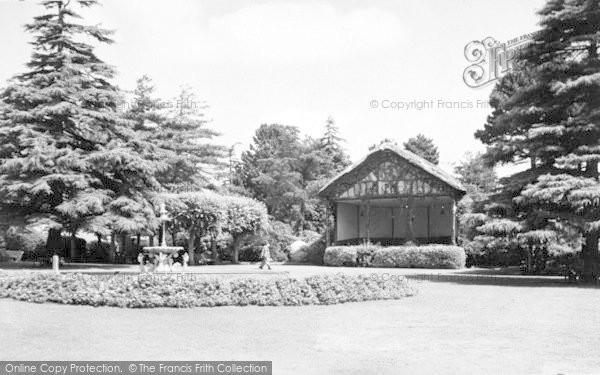 Photo of Yeovil, Sidney Gardens c.1955