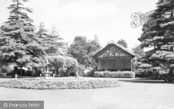 Yeovil, Sidney Gardens c.1955