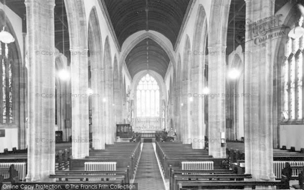 Photo of Yeovil, St John's Church Nave c.1955