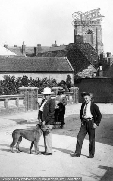 Photo of Yeovil, Walking The Dog 1900