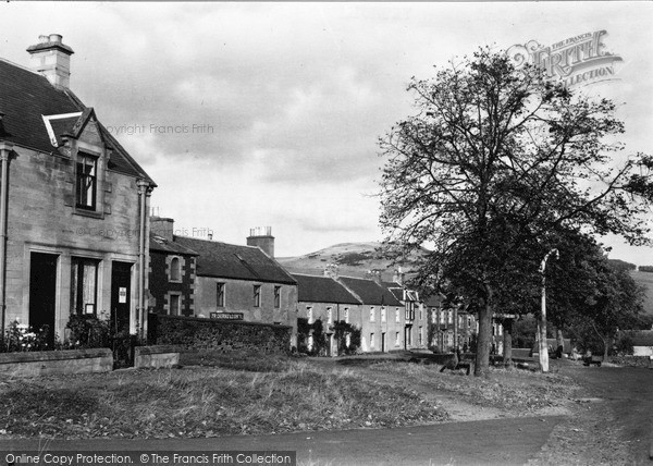 Photo of Town Yetholm, North End c1955, ref. Y26002