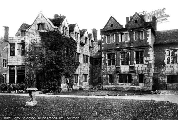 Photo of York, Ancient Palace Of Stuart Kings 1909