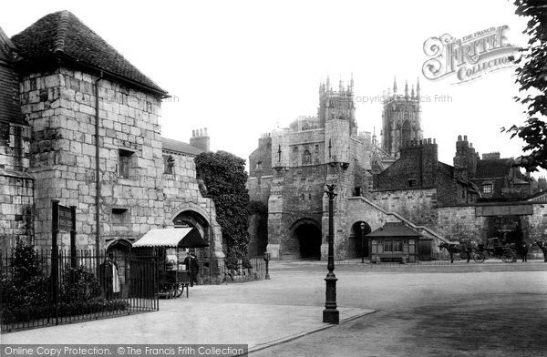 Photo of York, Bootham Bar 1909