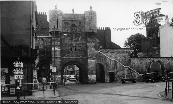 Photo of York, Bootham Bar c.1960