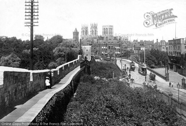 Photo of York, From City Walls 1911