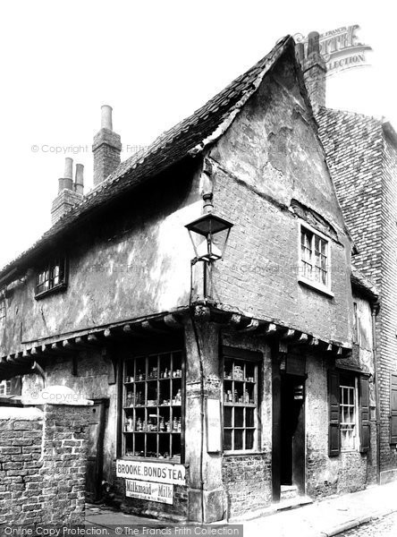 Photo of York, Hemmens's Shop, North Street 1909