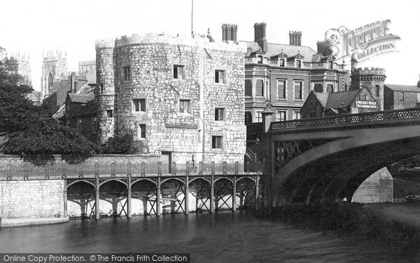 Photo of York, Lendal Tower c.1885