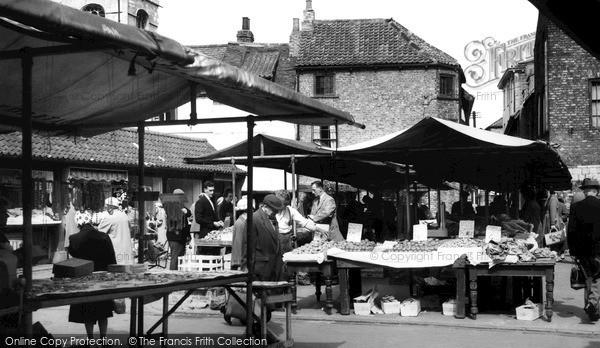 Photo of York, Little Shambles Market c.1960