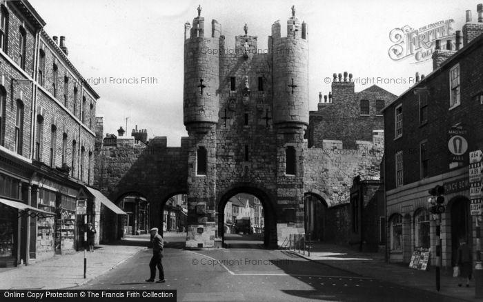 Photo of York, Micklegate c.1960