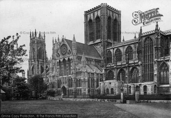 Photo of York, Minster S.E 1921