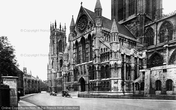 Photo of York, Minster, South Porch 1921