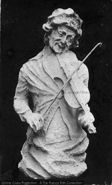Photo of York, Minster, The Fiddler 1913