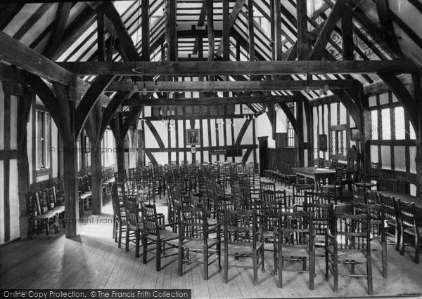 Photo of York, St William's College, Hall 1911