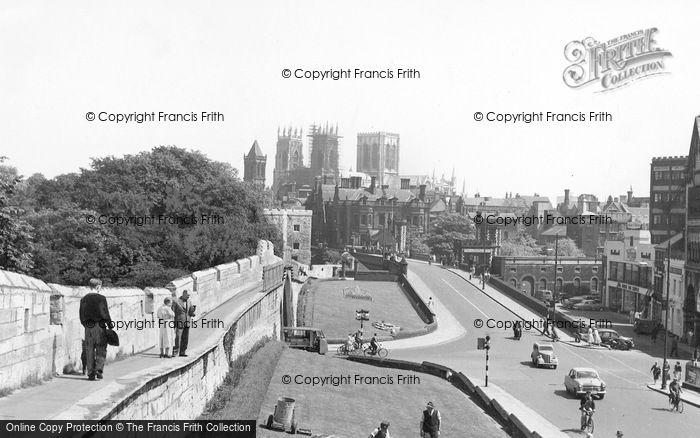 Photo of York, The City Walls c.1960