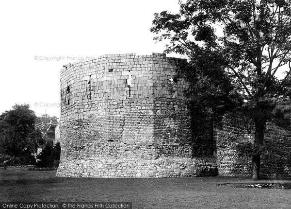 Photo of York, The Multangular Tower c.1885