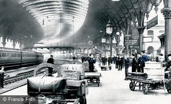 York, the Railway Station 1909