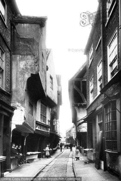 Photo of York, The Shambles 1909