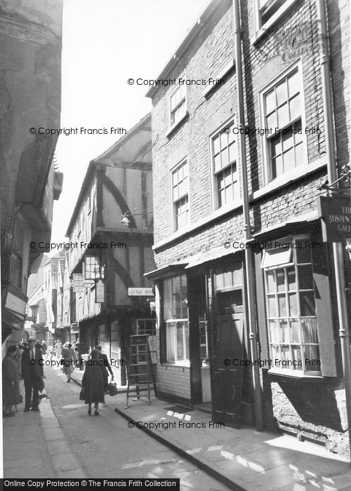 Photo of York, The Shambles c.1955