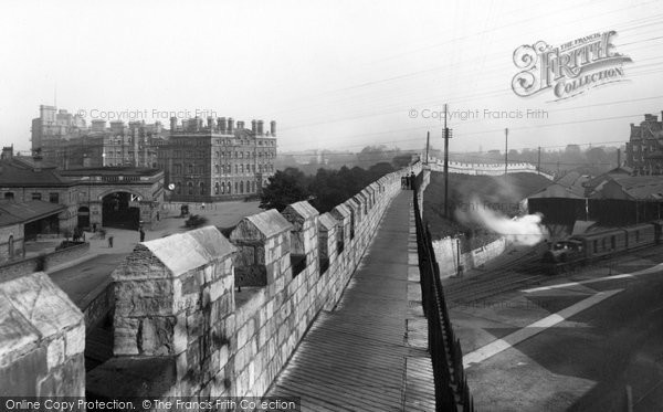 Photo of York, The Station And The Hotel 1907