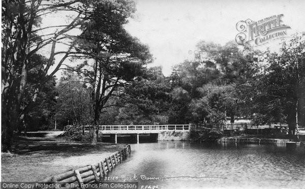 Photo of York Town, The Lake Bridge 1895