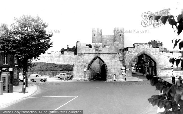 Photo of York, Walmgate c.1955