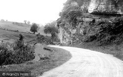 Youlgreave, The Old Coach Road c.1955