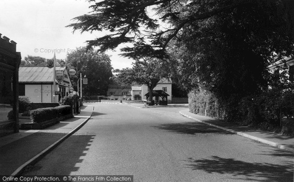 Photo of Yoxford, Jubilee Seat c.1960