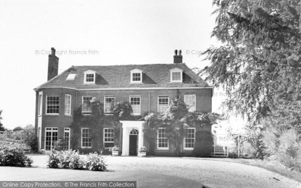 Photo of Yoxford, Yoxford Place c.1965