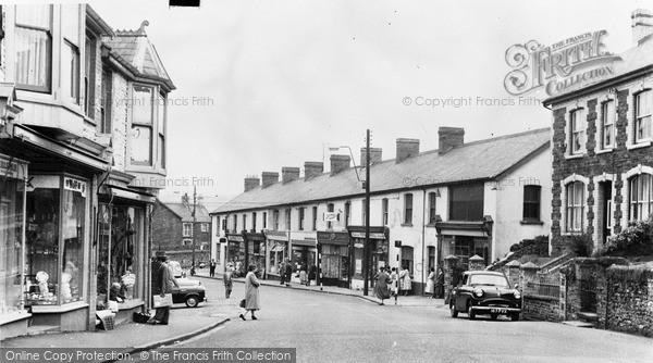 Photo of Ystrad Mynach, Penallta Road c.1960