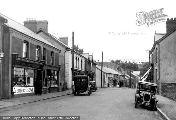 Photo of Ystradgynlais, Commercial Street 1937
