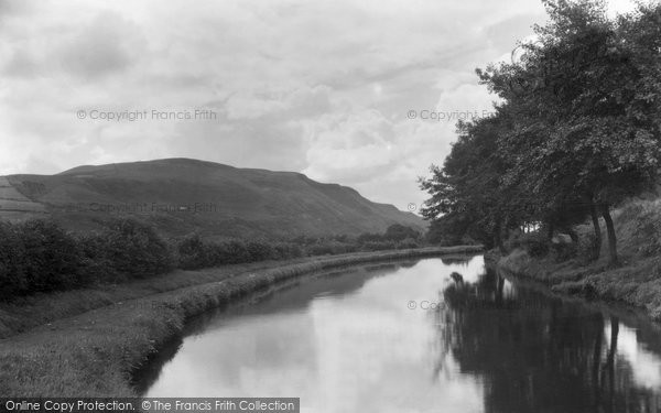 Photo of Ystradgynlais, The Canal 1938