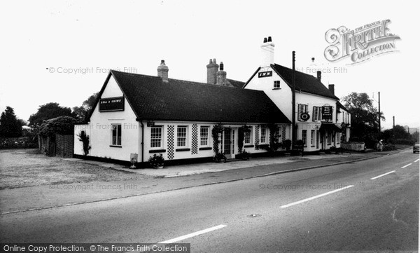 Photo of Zeals, The Bell And Crown Inn c.1955