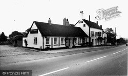 Zeals, The Bell And Crown Inn c.1955